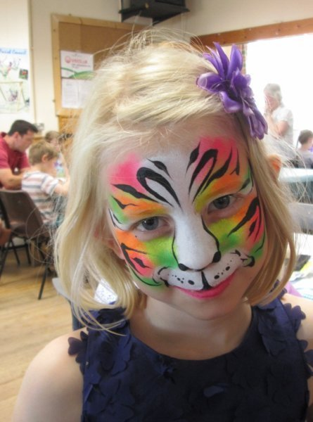 face painting dayglo tiger